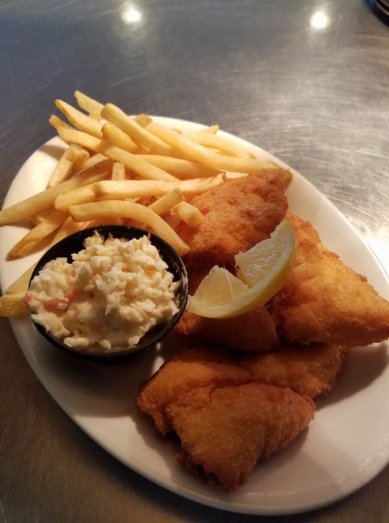 Nikos Cafe and Bar friday fish fry Muskego WI