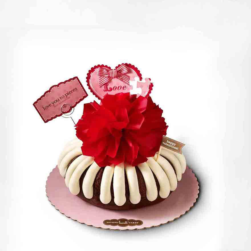 nothing-bundt-cakes-valentine-themed-cake