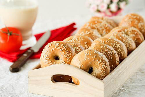new york bagel,deli,bagel cafe,bagel shop in media pa,bagels near me, breakfast, sandwich