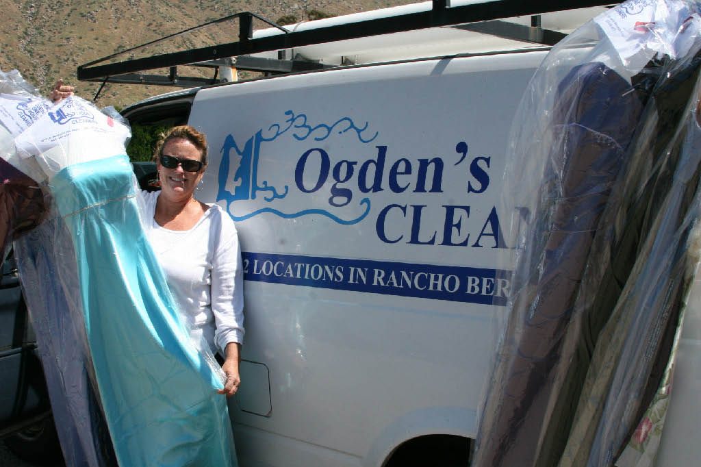Get pickup and drop offer service for your dry cleaning in San Diego.