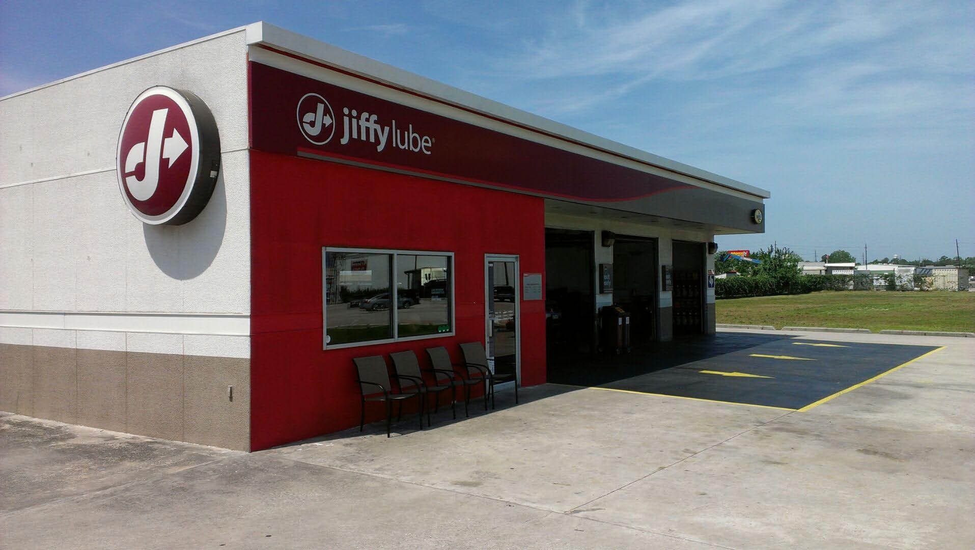 Jiffy Lube in Humble, TX performs Texas DMV Inspections