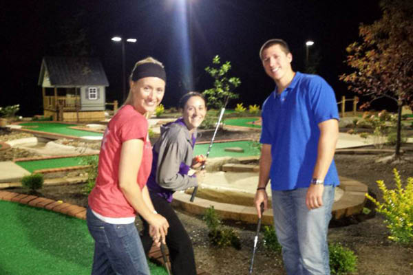 Olentangy Mini Golf date night