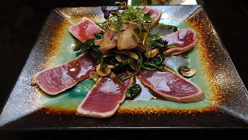 Tuna sashimi at O-Sumo Sushi in Sherman Oaks