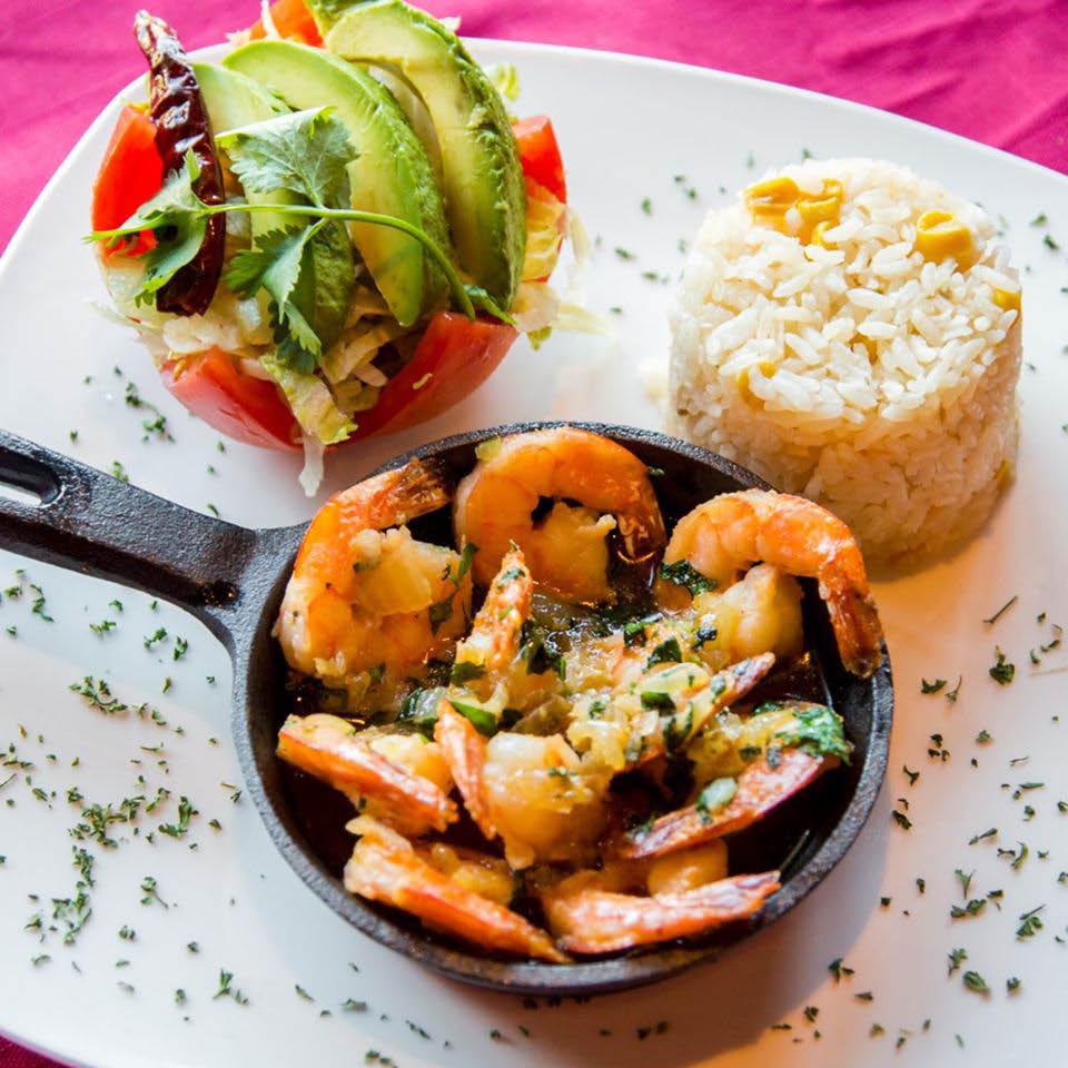 Avocado salad and shrimp  entree