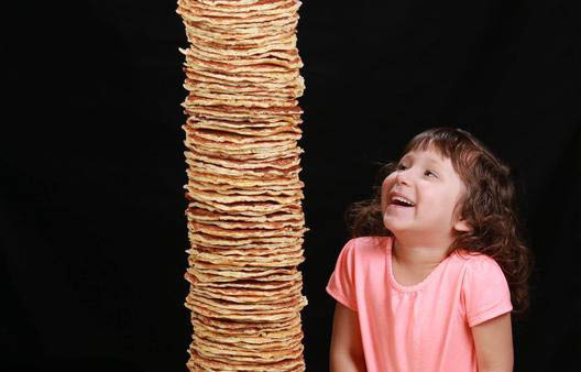 Stacks of Palms Cafe pancakes sold each day. Kids love 'em