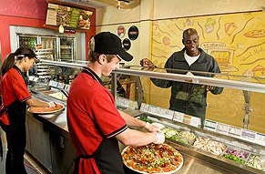 louisville pizza Papa Murphy's Employees making made to order fresh pizza