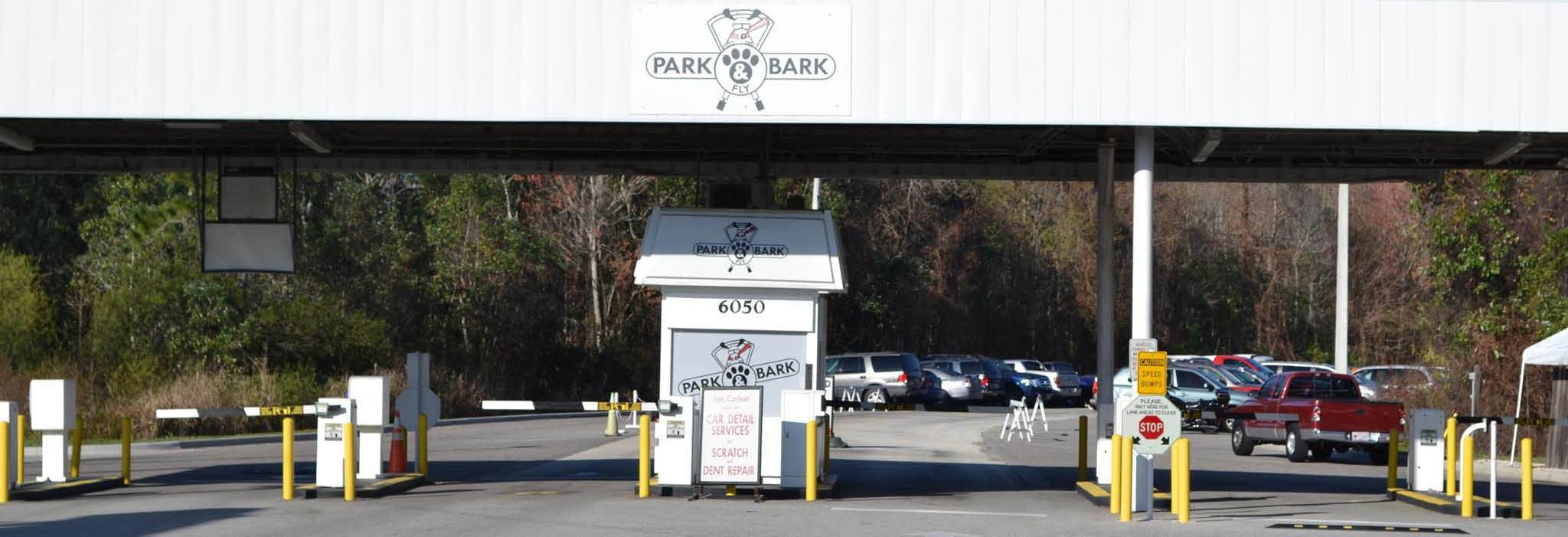 Park Bark & Fly Orlando - Off-Airport Parking banner ad