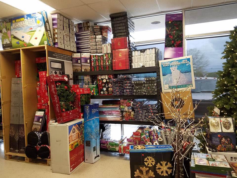 Seasonal merchandise and decorations