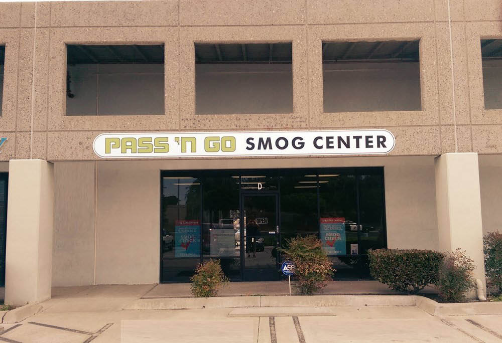 Entrance to Pass 'N Go Smog Check Center in Vista, CA