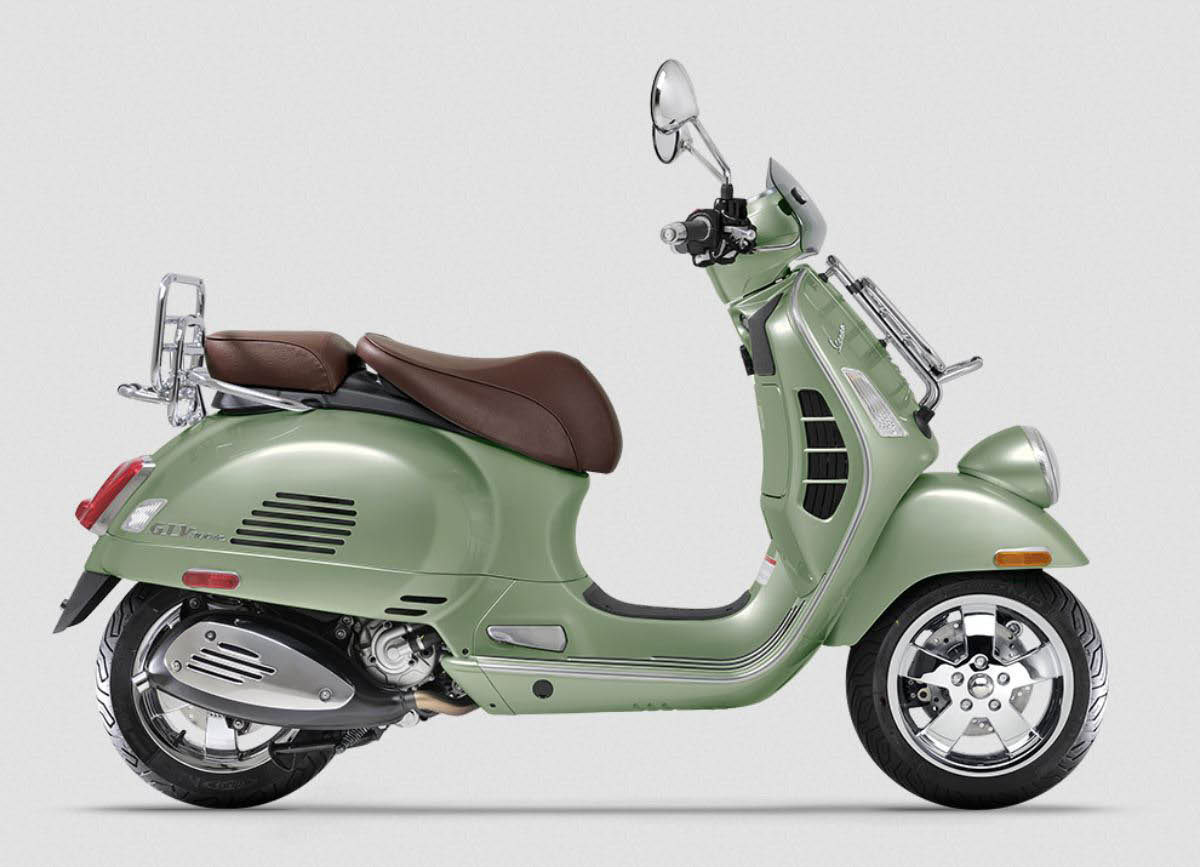 Vespa scooter for sale or rent