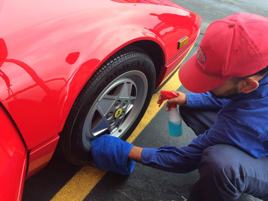 Peacock Marketplace and Car Wash offers car detailing packages
