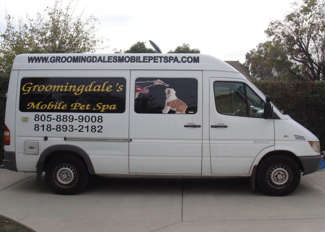 Groomingdale's Mobile Pet Spa mobile spa exterior