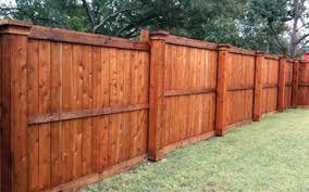 Wood fences in Waxahachie, TX