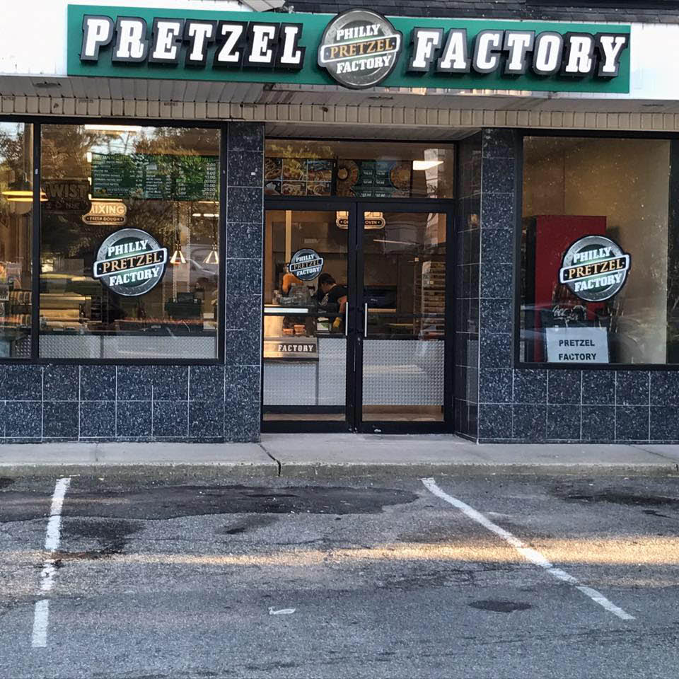 pretzel time Clifton New Jersey philly pretzel factory menu prices New Jersey Hot Pretzels Clifton NJ soft pretzel rolls Clifton NJ pretzel menu Passaic County wetzel pretzel locations New Jersey pretzel hot dog Clifton NJ