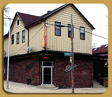 Pitch's bar location near water street in Milw