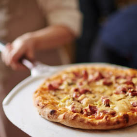 buy pizza online, online order pizza, delivery for pizza, restaurants that deliver, local pizza deals