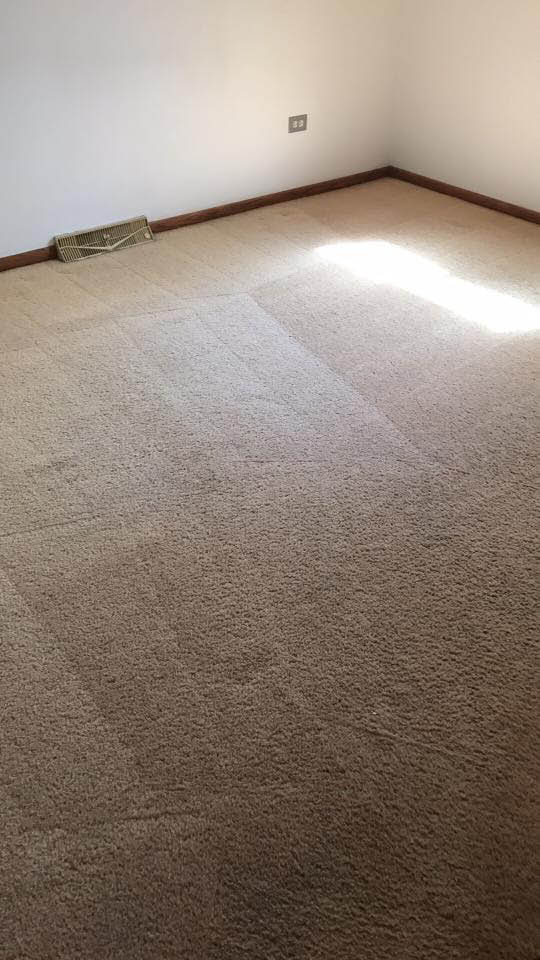 Another cleaned bedroom carpet by Prisitne Kleen.
