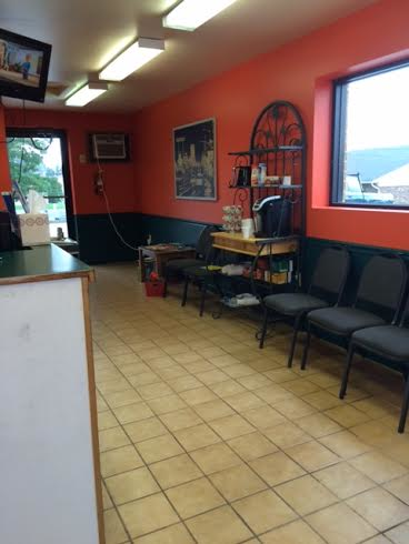 Quick Lubes Are Us, Oil Changes, Car Service, Auto Shop, Old Jiffy Lube Building, Waiting Room, Seating, Lounge