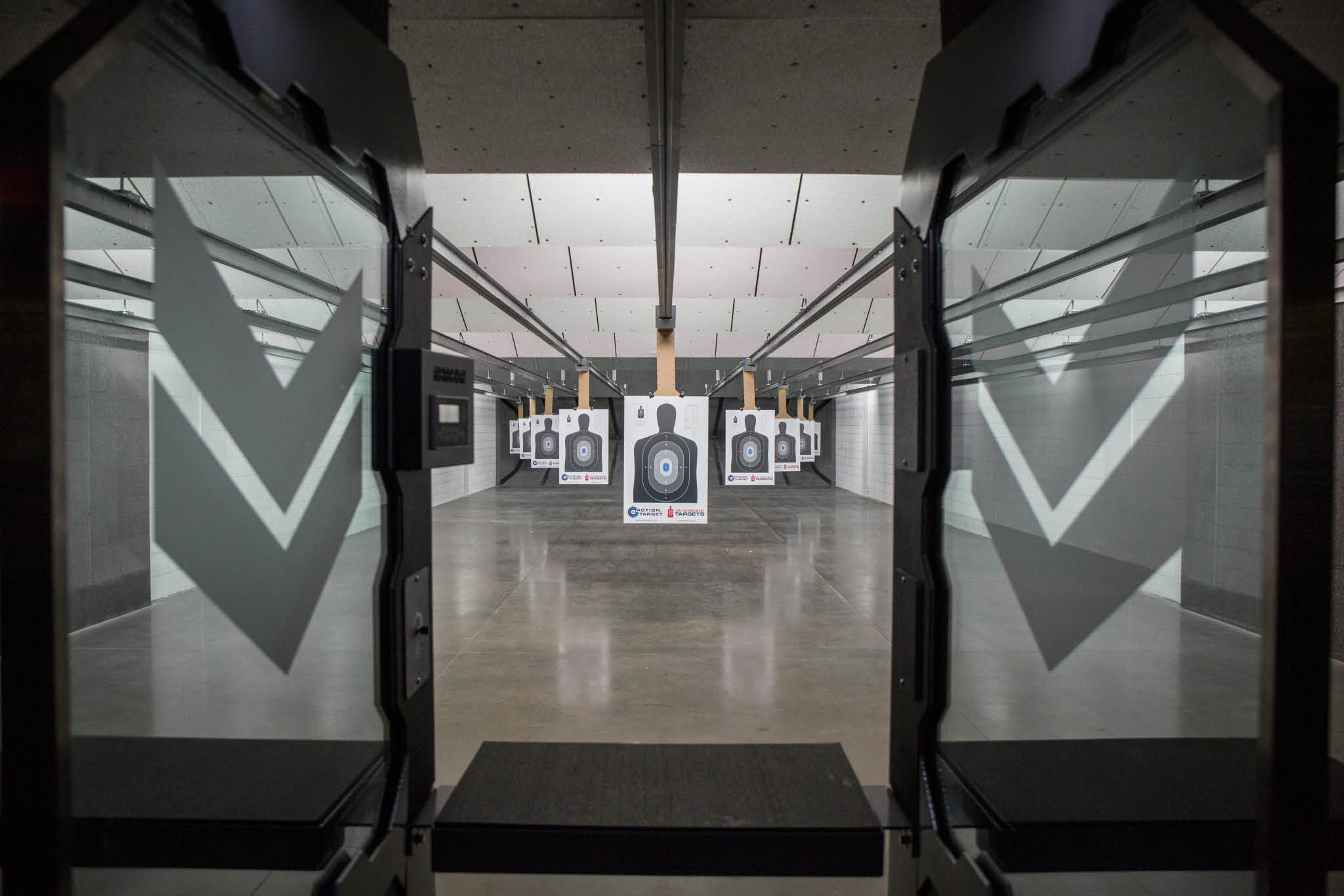 firing range, gun range, ammunition, lessons, groups, targets, moving targets; waldorf, md