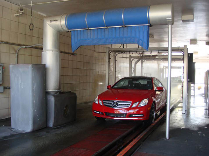 Use our car wash coupon to clean your car in Laguna Niguel