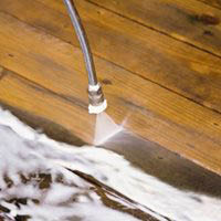Pressure washing wood surfaces - eliminating mold, grime & dirt