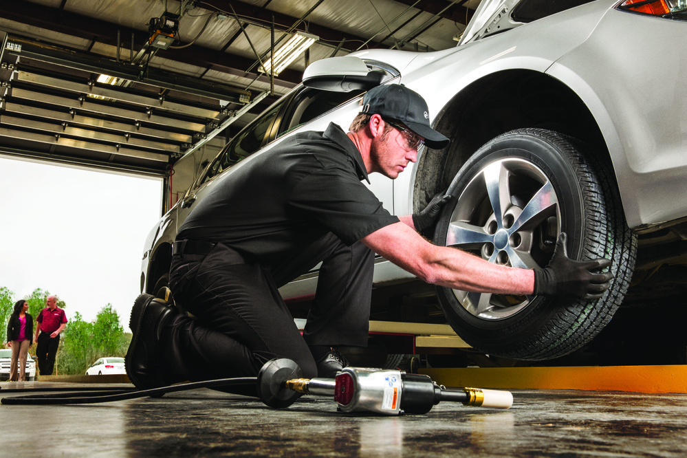 Get tire service and auto repair in Los Alamitos.