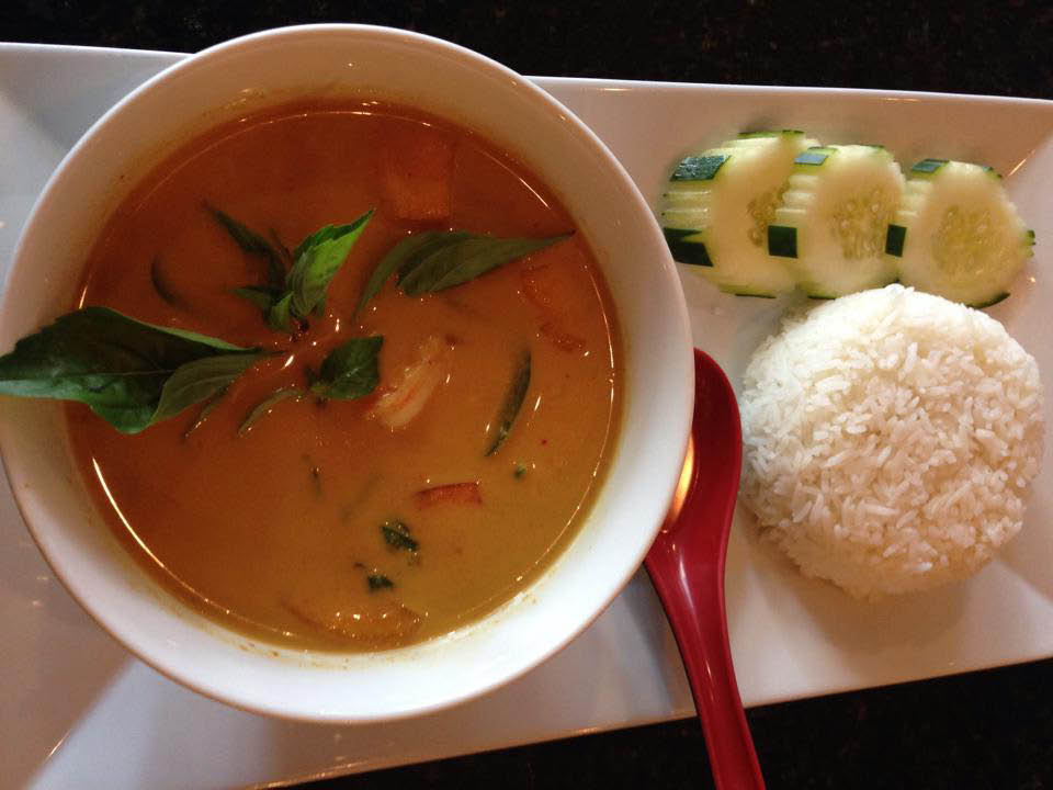 thai soup, spicy seafood, rice and spice thai cuisine located in alexandria, va