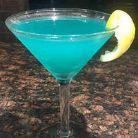martinis; liquor; full bar; cocktails