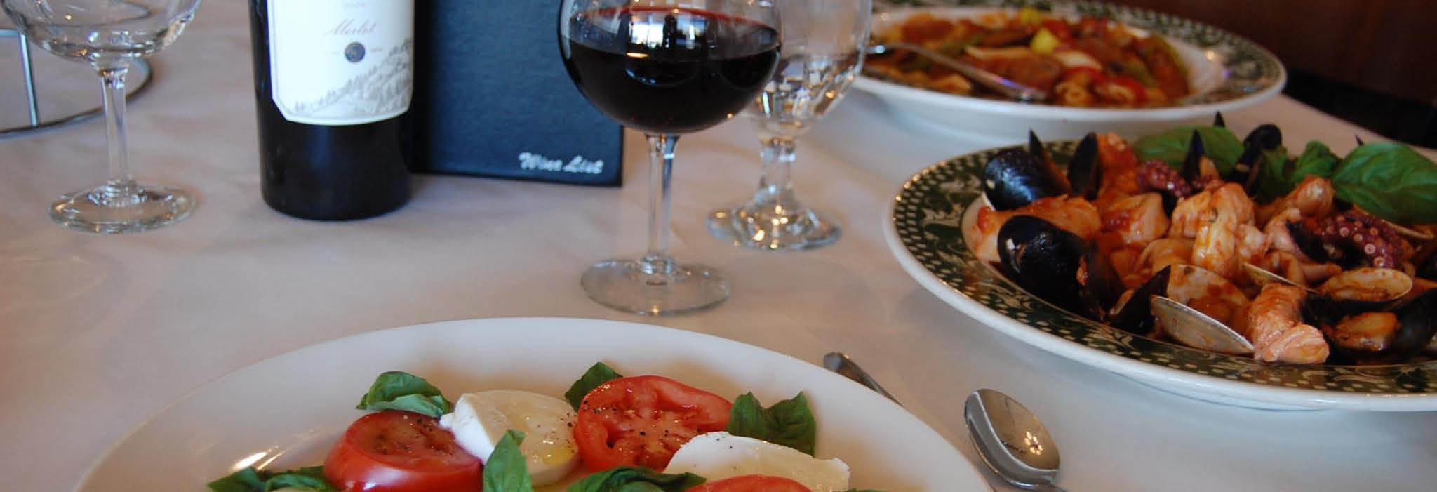 RoccoVino's Italian Restaurant in Carol Stream, IL banner