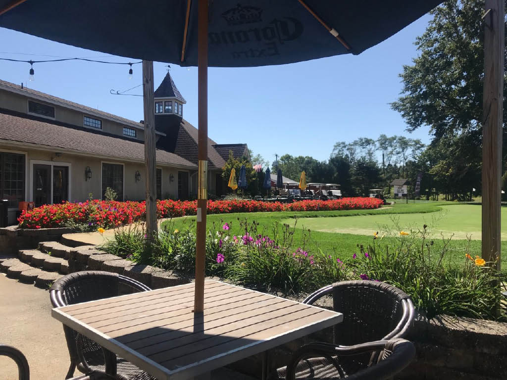 patio, al fresca, dining, casual, upscale, relax, gold course