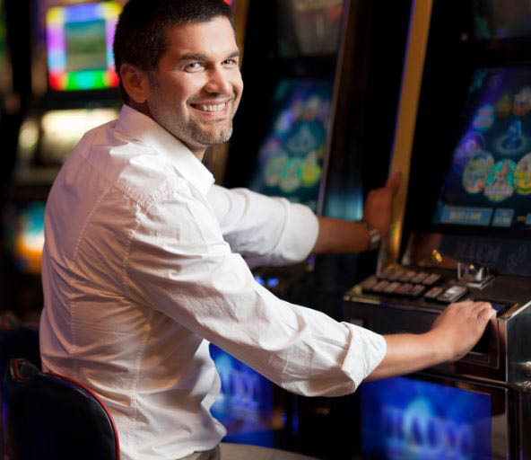 Slots player at Royals in East Dundee, IL.