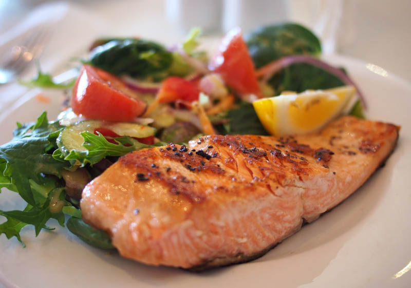 Steaks, Seafood, Bar, Drinks, Daily Specials, Salad, Dinner, Lunch, fish fry, Full service bar, pizza