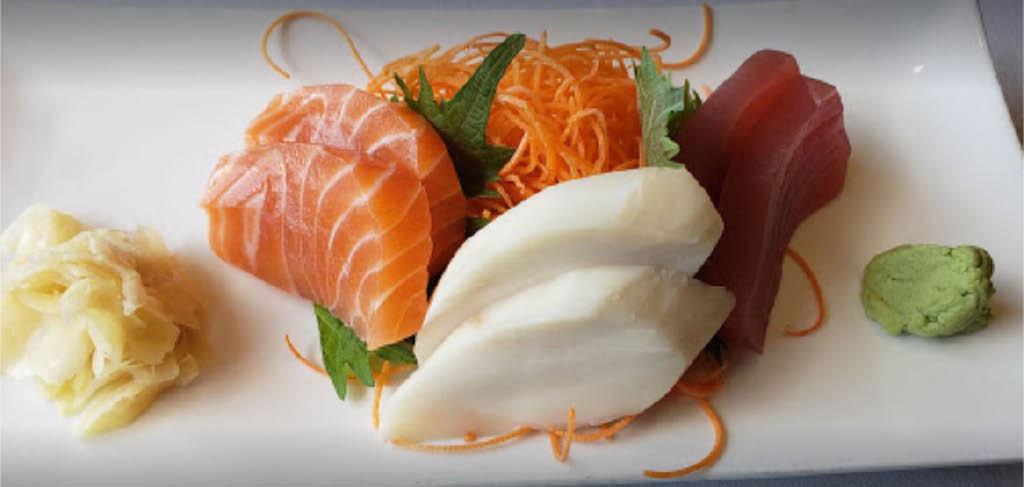 sushi,miso soup,sashimi,edamame,tuna,salmon,bass,scallop,maki rolls,temaki rolls,hibachi,tempura,teriyaki