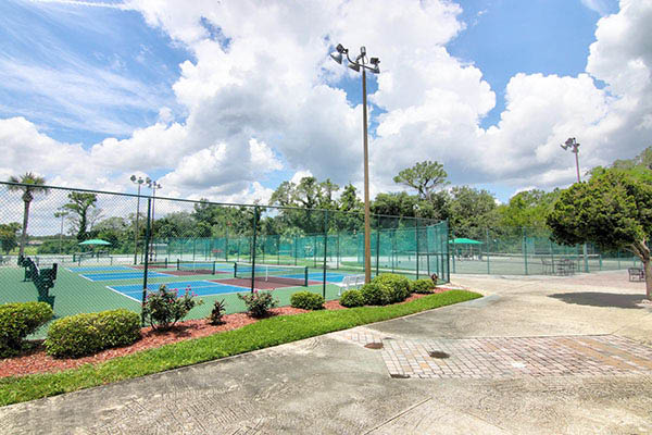 Spruce Creek Country Club tennis courts