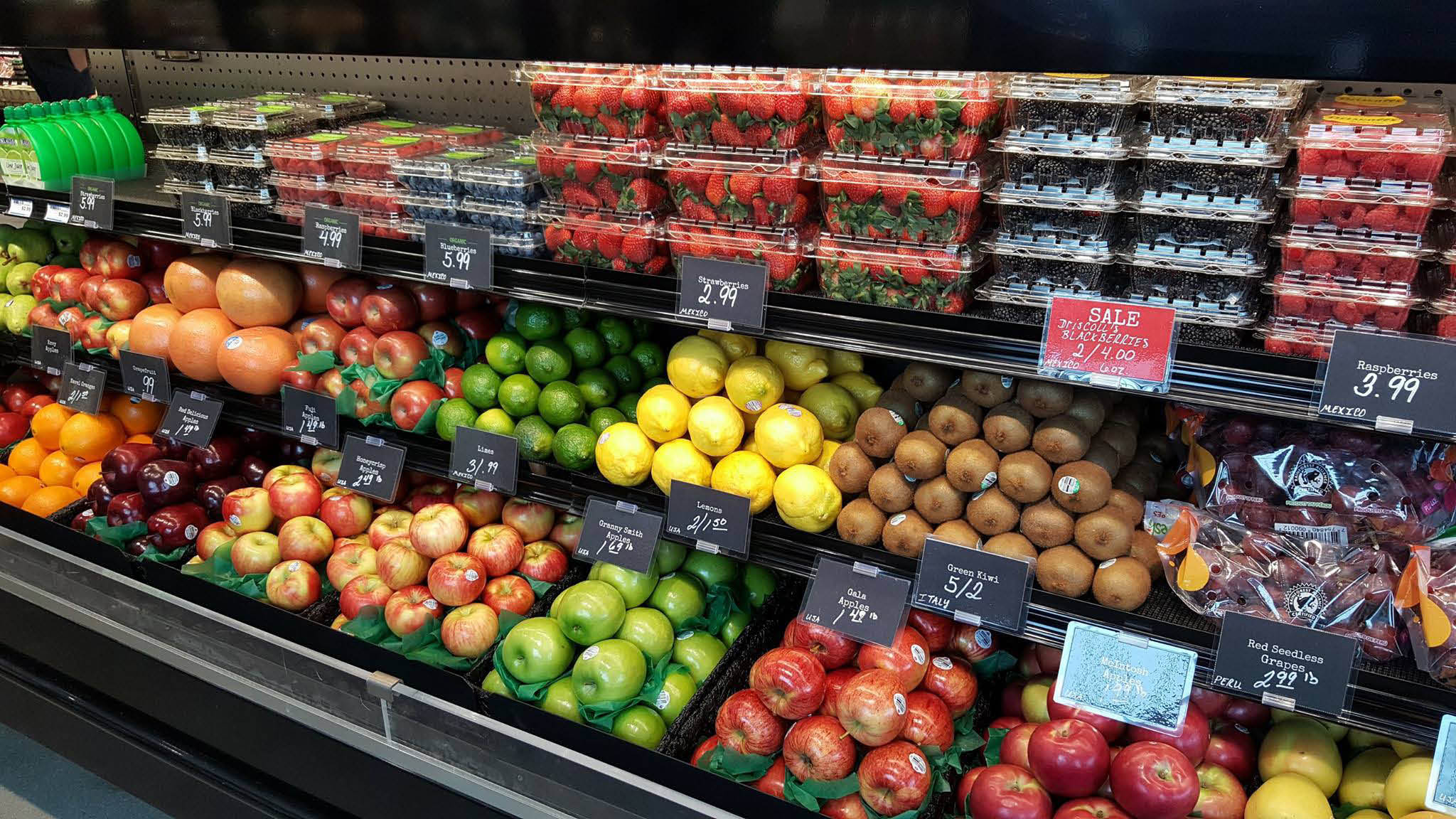 Sendiks Fresh Fruits and Vegetables, bakery, food