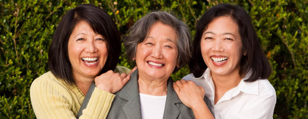 elderly mother with daughters; memory care; assisted living facilities in Henderson, NV; Pacifica Senior Living