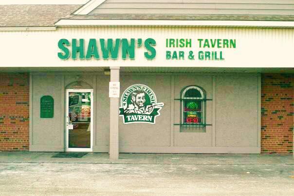 shawns irish tavern toledo maumee beer specials football sportsbar