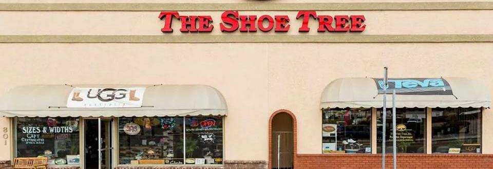 Exterior of The Shoe Tree store on Pismo Beach banner
