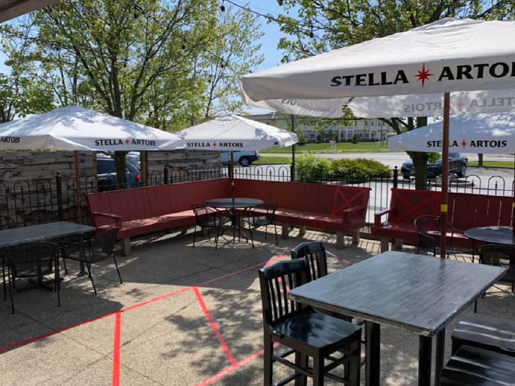 Shorty's Pizza & GROWL patio