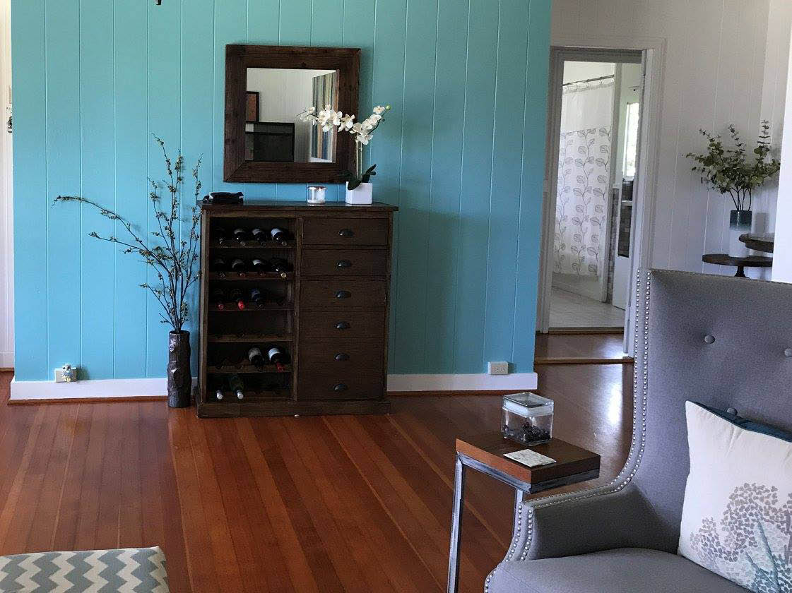 Home staging near Waipahu