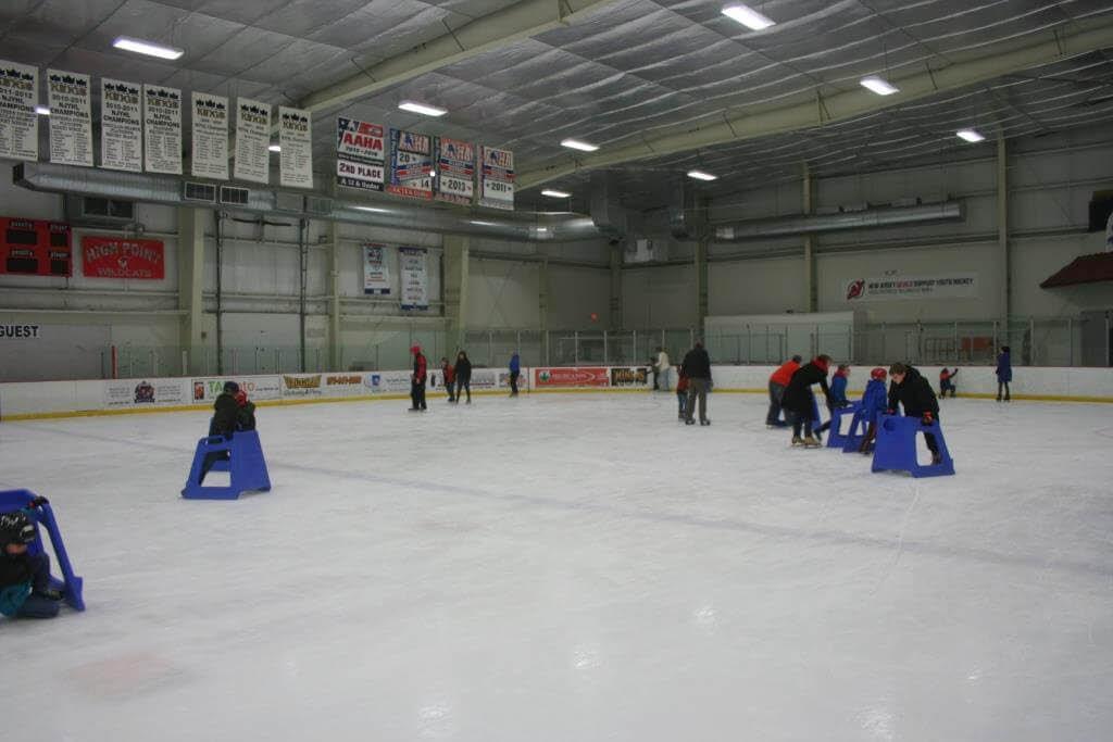 Learn to skate at Skylands Ice World in Stockholm NJ