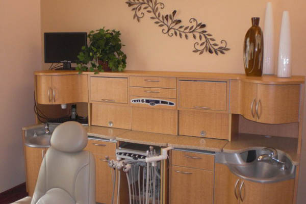 Smile Works Family Dentistry patient room