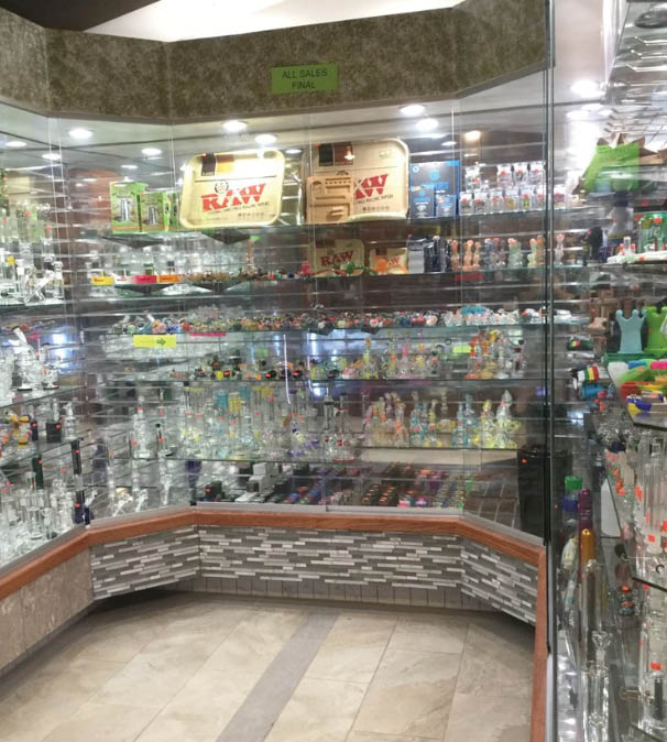 Different varieties of glass pipes