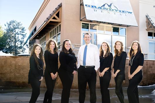 grandview dental team photo