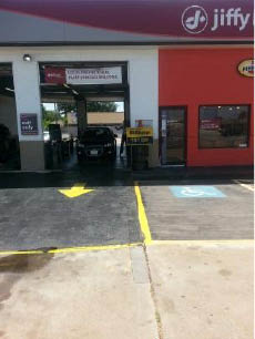 Get a fast oil change using oil change coupons for Jiffy Lube Houston, Texas State Highway 6; synthetic, synthetic blend and conventional oils