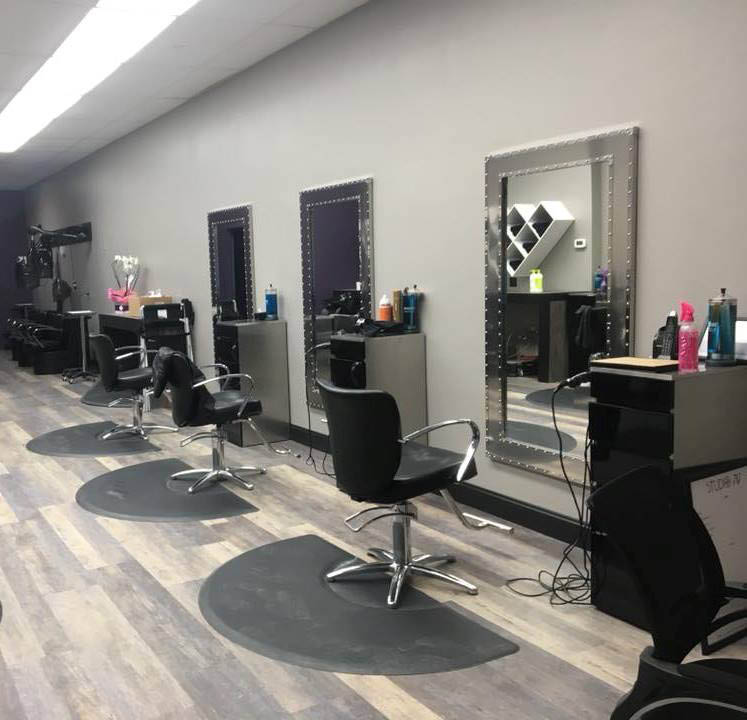 Our salon chairs feature large mirrors and plenty of room