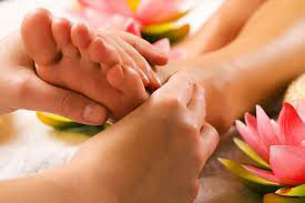 get a full body massage, acupuncture and more near Buffalo Grove