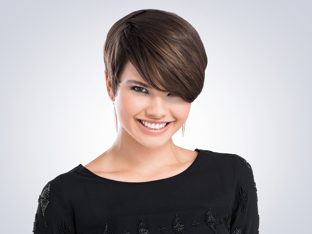 Short haircuts for women near Clarkson Valley, MO