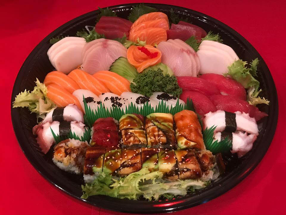 Beautiful party tray available for catering at Ichiban.