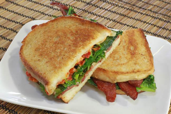 Sandwich shops near Des Plaines